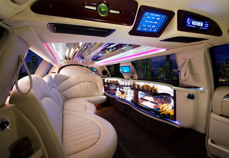 chrysler-limo-black-gallery12