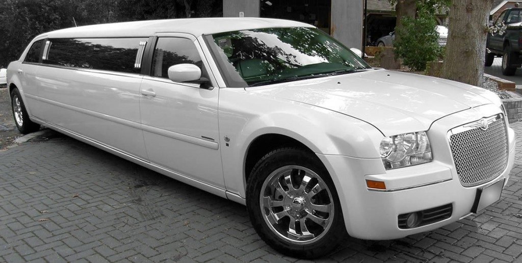 chrysler-limo-white-gallery1
