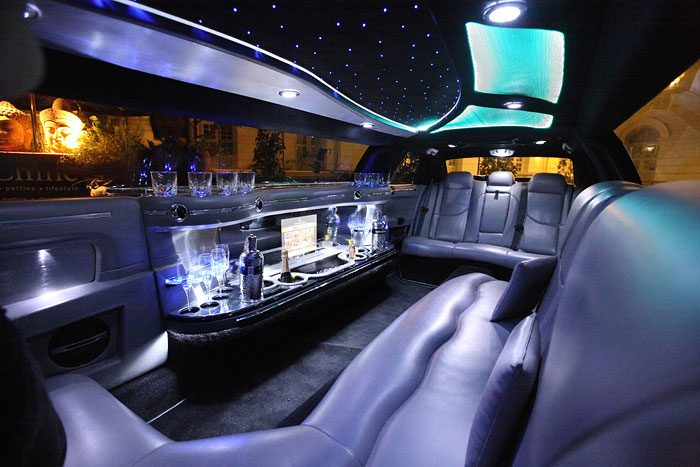 chrysler-limo-white-gallery13