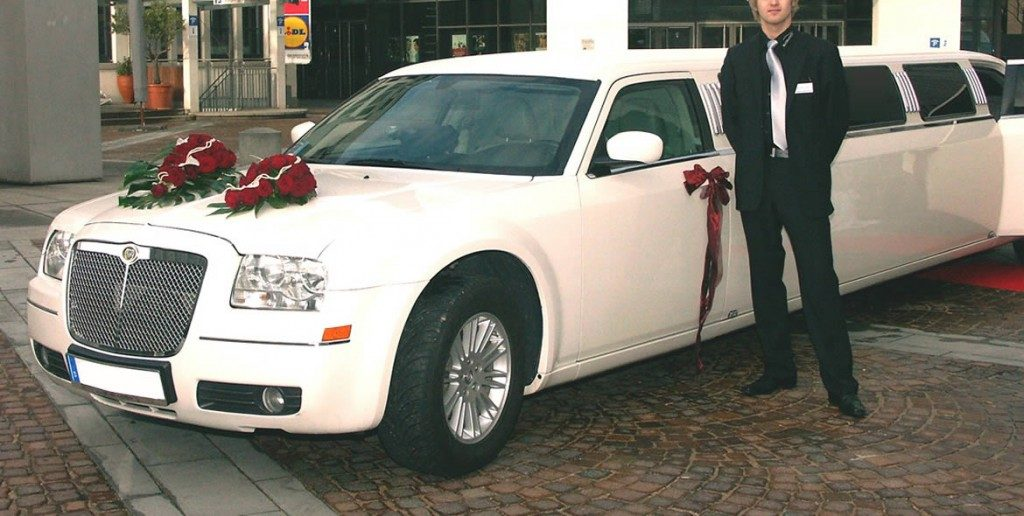 chrysler-limo-white-gallery6