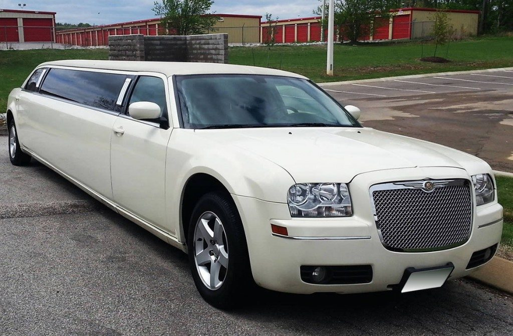 chrysler-limo-white-gallery7