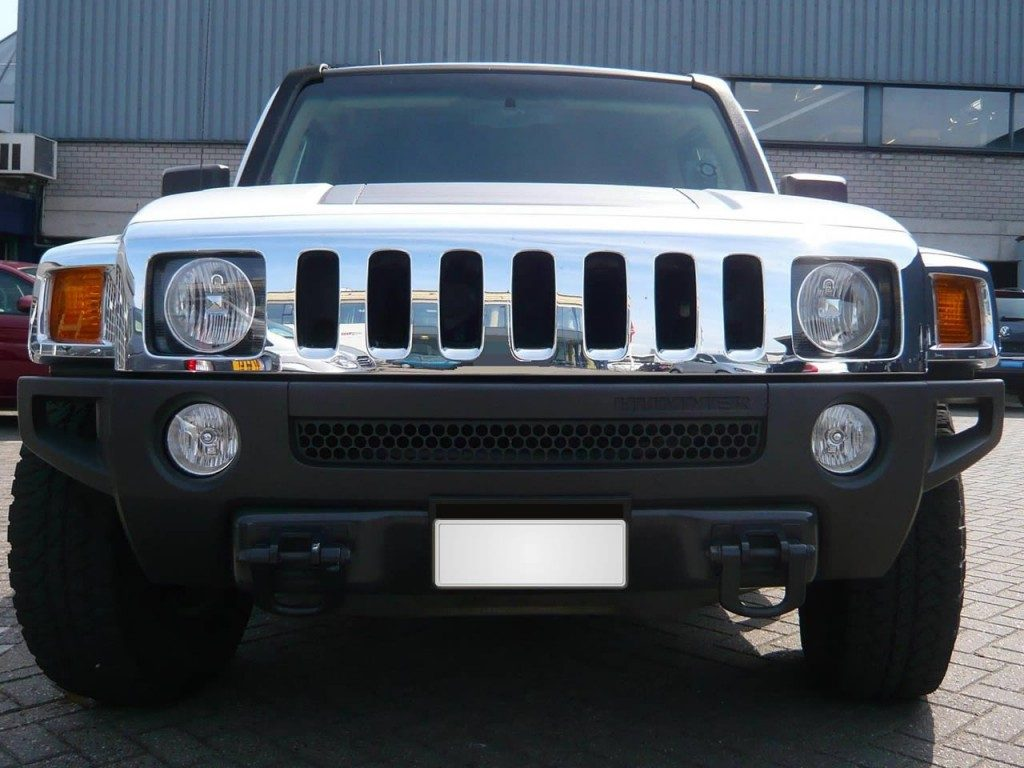 hummer-h3-limo-white-gallery1