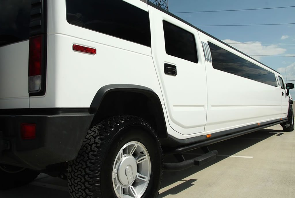 hummer-h2-limo-white-gallery7