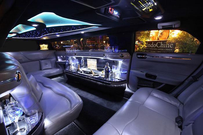 chrysler-limo-white-gallery18
