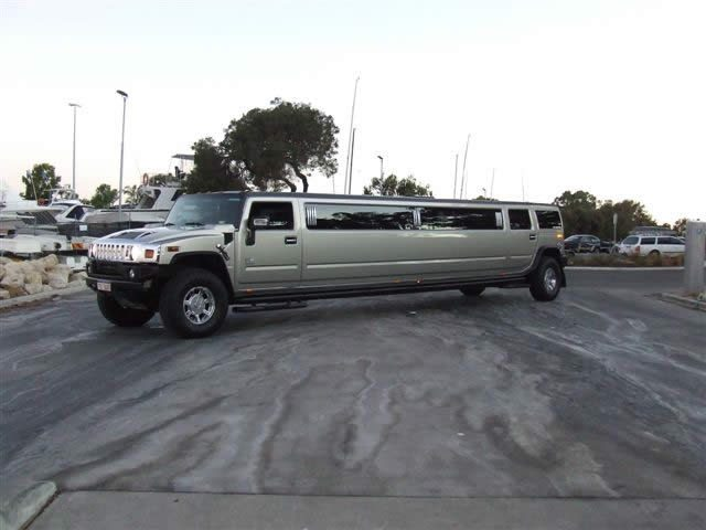 Gal-gold_Hummer_Limo_Hire2