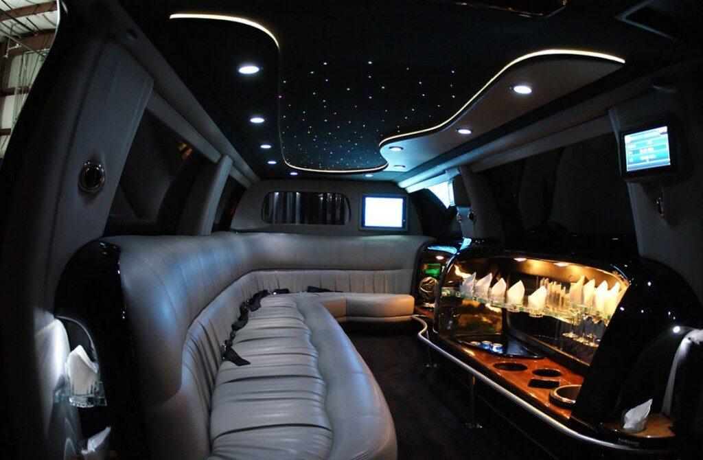 ford-excursion-interior3