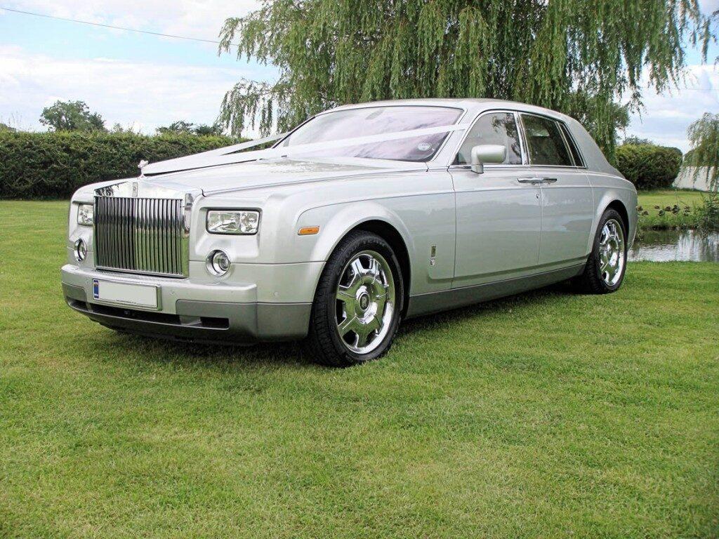 rolls-royce-phantom-silver-9